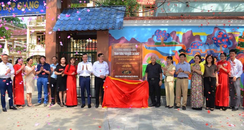 """Lễ khánh thành công trình văn hóa tranh tường """"Non nước Cao Bằng"""""""