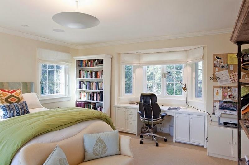 Phòng ngủ cần tách riêng phòng làm việc